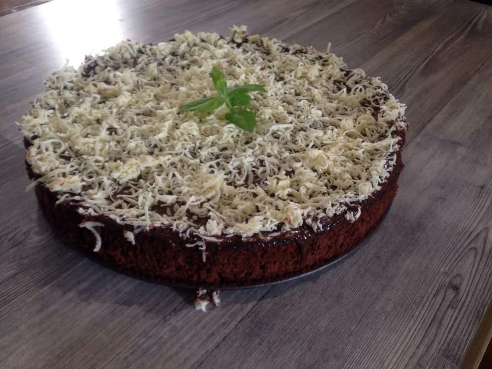 עוגת מוס שוקולד טעימה בטירוף ללא קמח