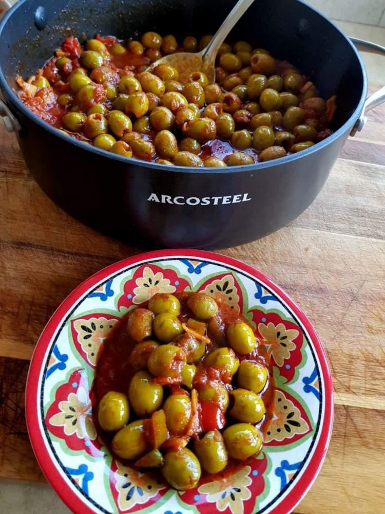 זיתים מבושלים מרוקאיים