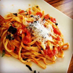 פסטה טריה ברוטב עגבניות