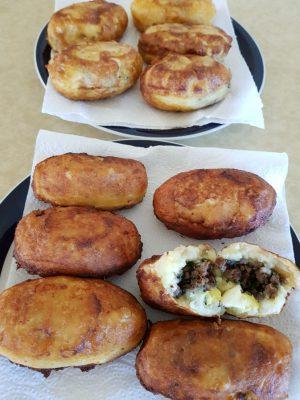 קציצות בשר ותפוחי אדמה -בסטיל- בנטז