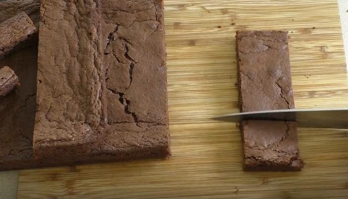 בראוניז מושלמים עם שוקולד נוטלה – 3 מרכיבים