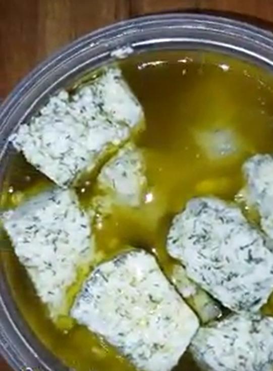 גבינה ביתית מחלב