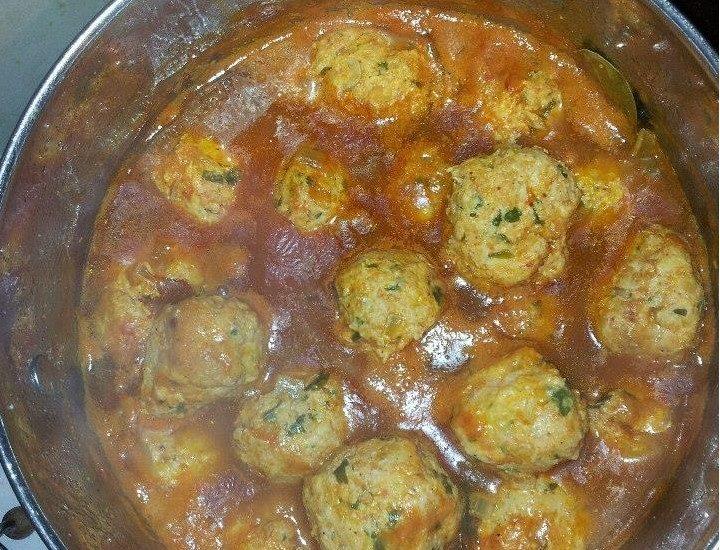 קציצות בשר ברוטב עגבניות מתכון של אורית לוי