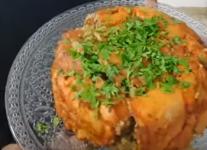 עוגת פרגיות במילוי בורגול ופטריות