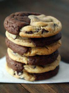 עוגיות שוקולד ציפס שחור לבן